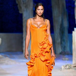 PIX: Irina Shayk adds flair to Versace show