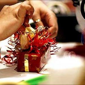On Diwali eve, govt eases gift policy for employees