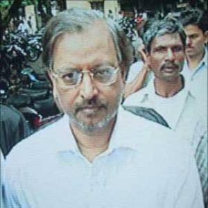 Satyam scam: Raju appears before local court