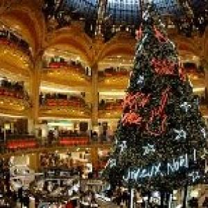 Hotel rates, air fares soar for Christmas, New Year