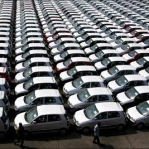 India's hottest selling passenger cars in December 2010 - Rediff com