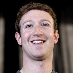 Mark Zuckerberg brings free Internet to Colombia