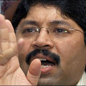 2G scam casts big shadow on Maran's Sun Network