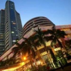 Sensex remains expensive against world market
