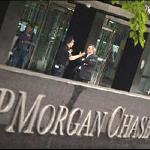 JP Morgan loss a risk management failure: Geithner