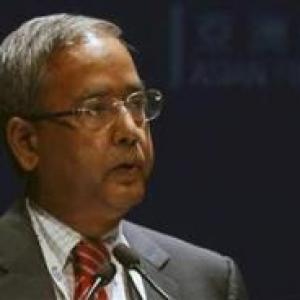 Sebi seeks stronger laws on public money collection