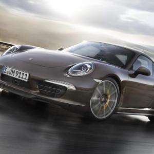 TEST DRIVE: How Porsche 911 FEELS on Indian roads