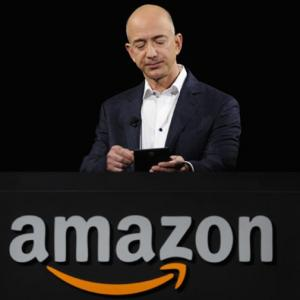What books do Jeff Bezos, Tim Cook read?