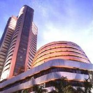 Markets end sharply lower amid weak global cues