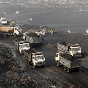 After pitch-dark 2014, scam-tainted coal sector wants a makeover