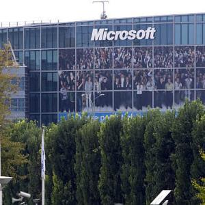 Microsoft again eyes Chinese market, but piracy still a hurdle