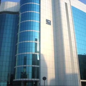 Sebi keen to save small investors from ponzi schemes