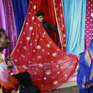 Textiles sector gets a Rs 6,000 cr package