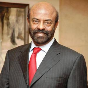 CEO denies Shiv Nadar selling stake in HCL Tech
