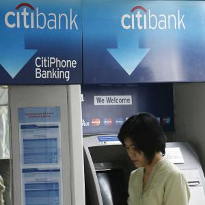 Five banks slapped with biggest fines in the world