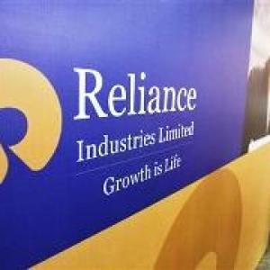Moily approves taking away 5 gas discoveries from RIL