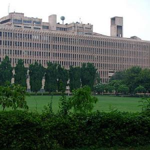 IIT Delhi students turn down $125,000 offers; go for Indian firms