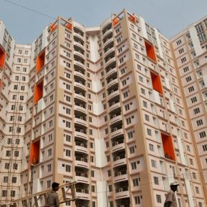 Real estate fund managers scout for good assets