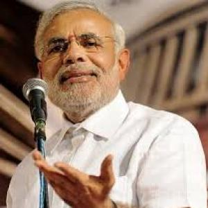 Modi invites ideas from people on new plan body