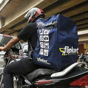 Trade regulator gets complaint against Flipkart, other e-retailers