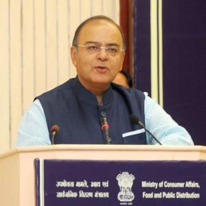 What Jaitley needs to do to meet the fiscal deficit target
