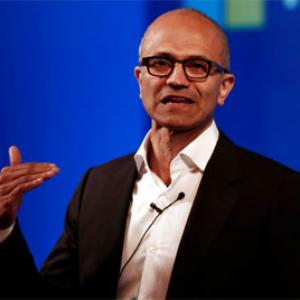 Microsoft CEO apologises for comment on women's salaries