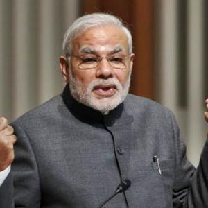 Modi hardsells India as a manufacturing destination