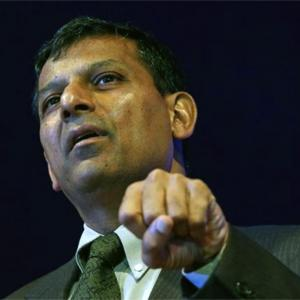 I think, de facto, RBI is independent: Raghuram Rajan
