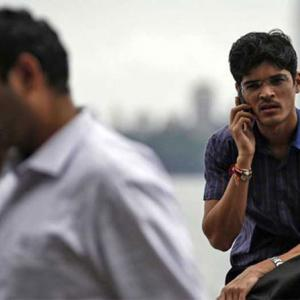 Prasad urges telcos to optimise networks to curb call drops