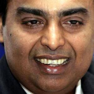 Mukesh Ambani gets 205 times RIL's median salary