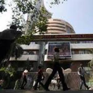 Sensex@1-month closing high on Modi's housing push