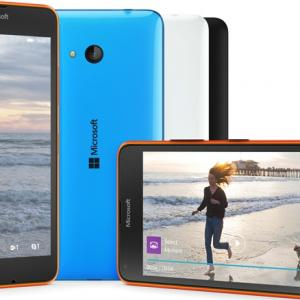 Microsoft unveils affordable phones Lumia 640, 640 XL