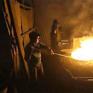 Factories with up to 40 workers may be kept out of major labour laws