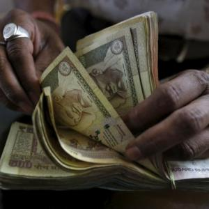 Is India close to achieving its fiscal deficit target?