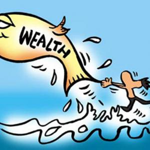 NRIs ahoy! You need to shift to financial savings