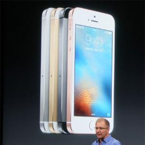 Apple unveils smaller, cheaper iPhone SE aimed at mid-market