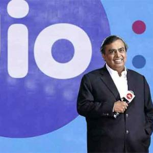 No stay on Jio free offer; Trai asked to re-examine issue