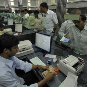PSU banks to get booster dose of Rs Rs 2.11 lakh crore