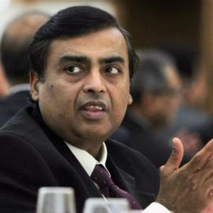 Mukesh Ambani is the world's 10th richest man!