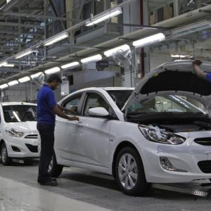 September sees car sales fall for 3rd consecutive month