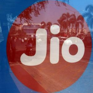 Jio eyes 75 mn households with fibre-to-home roll-out