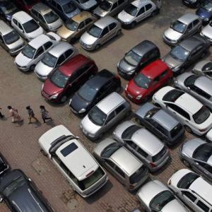 Passenger vehicle sales slow to 4-year low