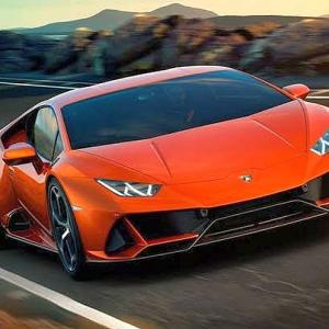 The STUNNING Lamborghini Huracan Evo will set our roads on fire