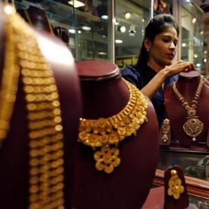 As gold hits all-time high, jewellery sales drop sharply