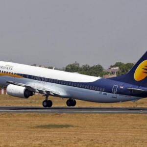 As Jet defaults on loan, its credit rating slips to 'D'