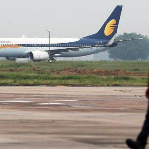 Jet lenders may pick substantial stake in airline