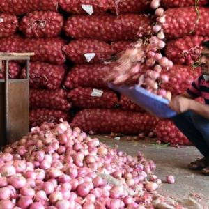 Farmers are worried despite high onion prices