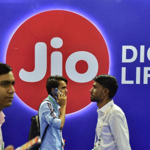 Is Reliance Jio's 5G plan realistic?