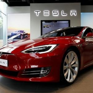 Tesla to enter India in 2021: Gadkari
