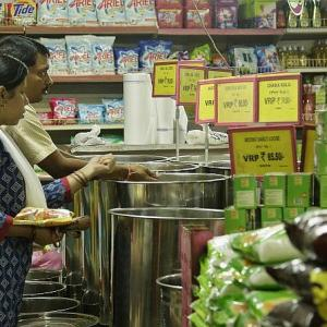 Inflation falls 1.81% in June, but food prices rise